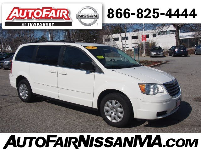 Photo 2010 Chrysler Town and Country LX