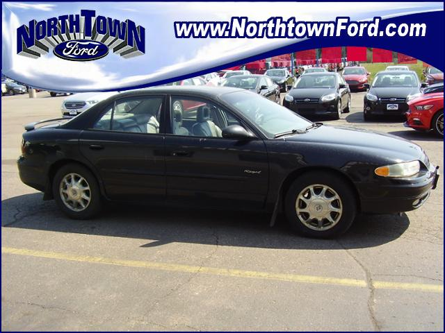 Photo 1999 Buick Regal 4dr Sdn