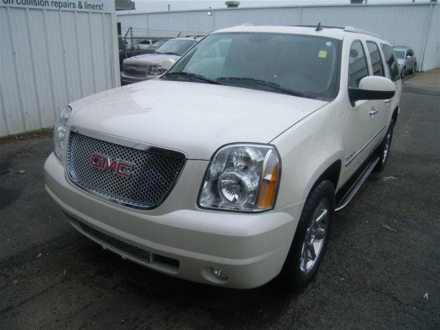 Photo 2013 GMC Yukon XL 1500 DENALI