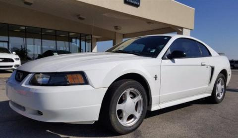 Photo 2003 Ford Mustang V6