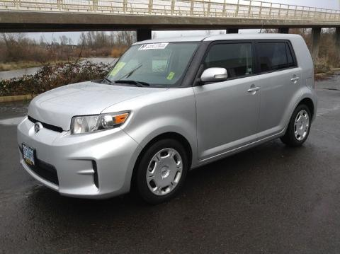 Photo 2012 Scion xB Base