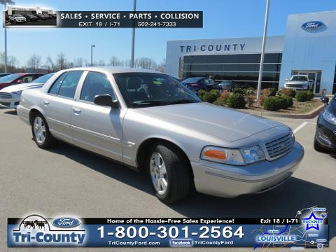 Photo 2004 Ford Crown Victoria LX