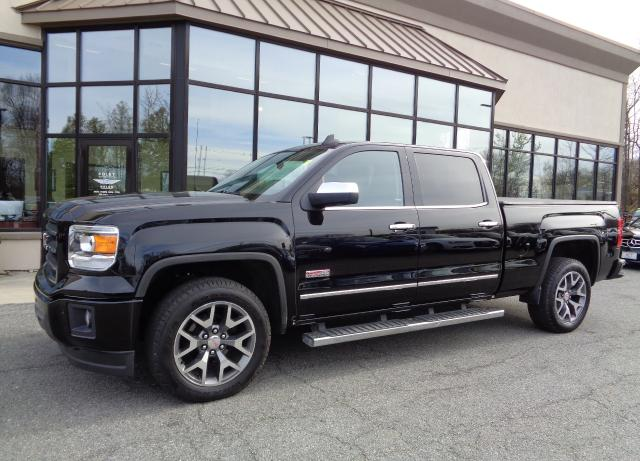 Photo 2015 GMC Sierra 1500 SLT ALL Terrain Crew Cab Long
