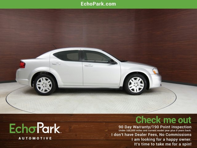 Photo 2012 Dodge Avenger SE