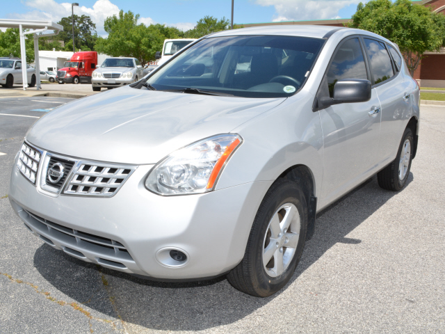 Photo 2010 Nissan Rogue FWD 4dr S Krom Edition