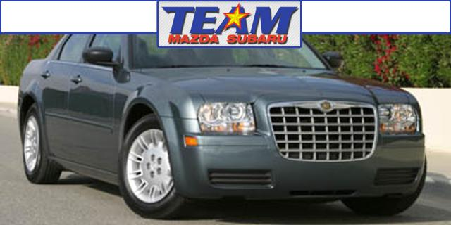 Photo 2005 Chrysler 300 4dr Sdn 300 Touring Ltd Avail