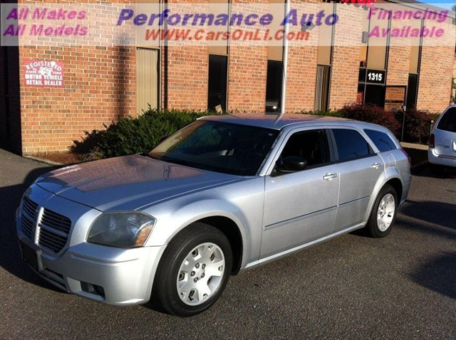 Photo 2007 Dodge Magnum SXT