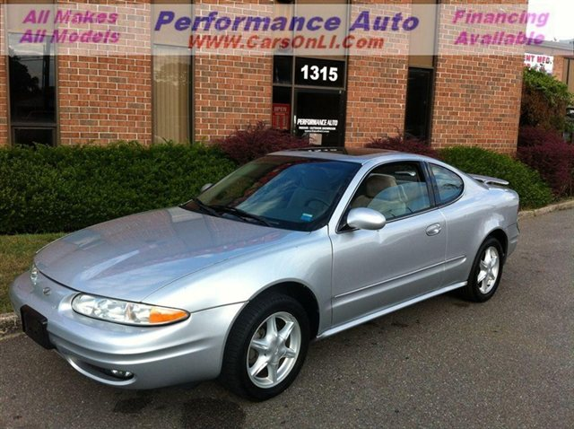 Photo 2002 Oldsmobile Alero GL