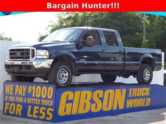 Photo Used 2004 Ford F250 XL