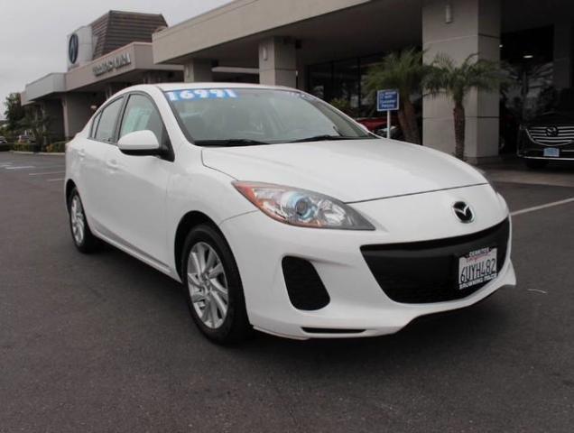 Photo Used 2012 Mazda Mazda3 i Grand Touring