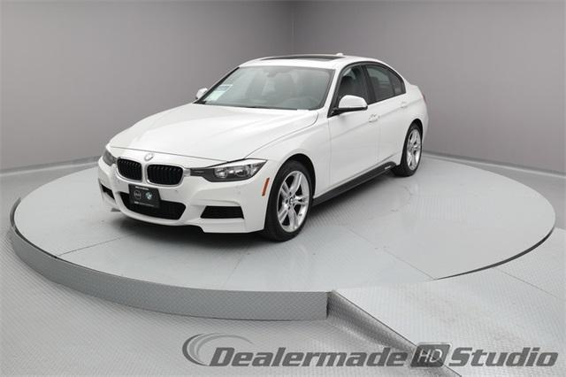 Photo Used 2014 BMW 328 i xDrive