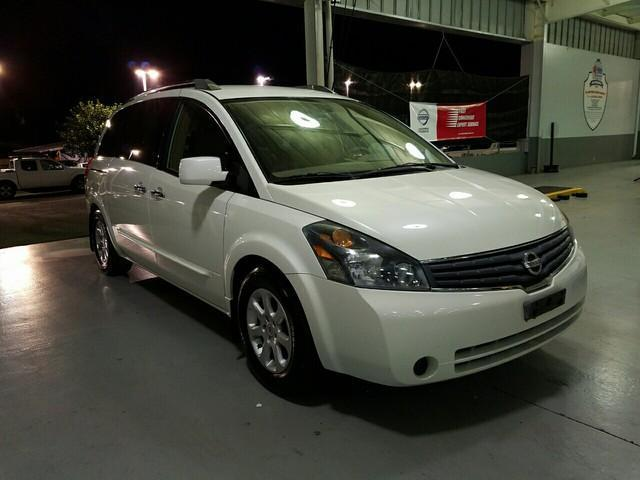 Photo Used 2009 Nissan Quest 3.5 S