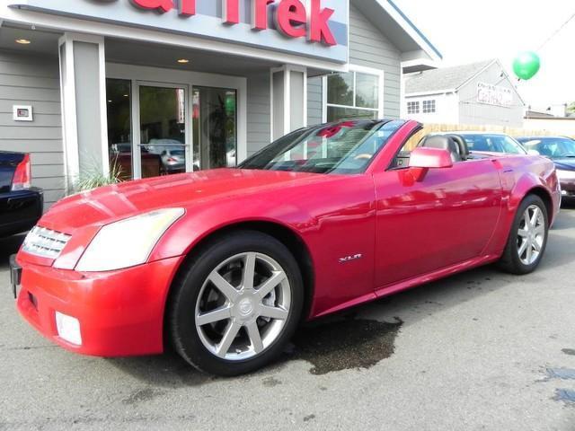 Photo Used 2004 Cadillac XLR Base