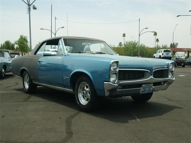 Photo Used 1967 Pontiac Tempest