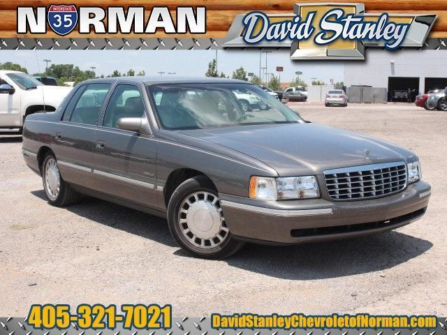 Photo Used 1998 Cadillac DeVille
