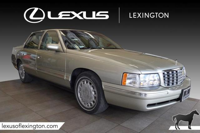 Photo Used 1997 Cadillac DeVille