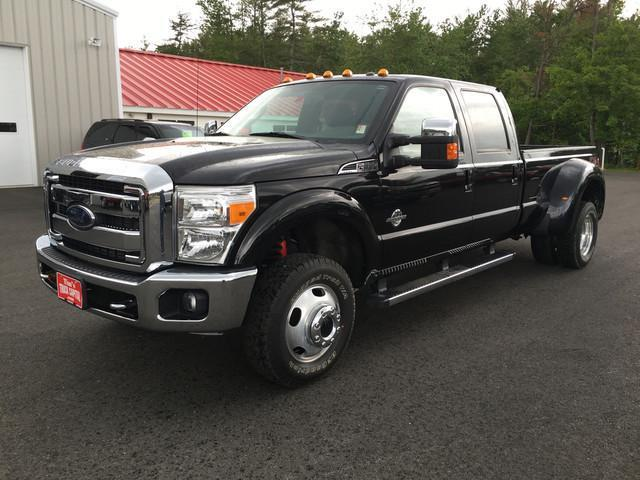 Photo Used 2012 Ford F350 Lariat Super Duty