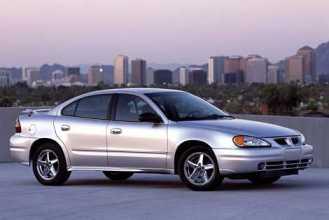 Photo Used 2004 Pontiac Grand Am GT