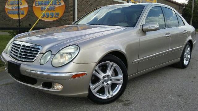 Photo Used 2004 Mercedes-Benz E500