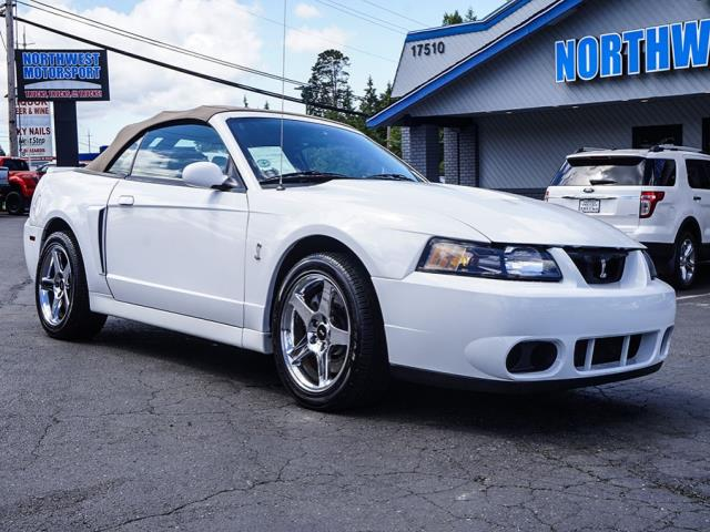 Photo 2003 Ford Mustang Cobra SVT RWD
