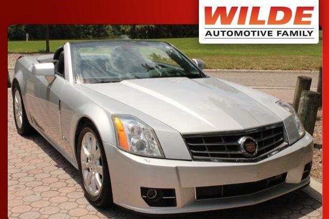 Photo Used 2009 Cadillac XLR Platinum