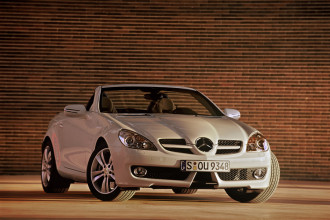 Photo Used 2009 Mercedes-Benz SLK-Class SLK300 Roadster
