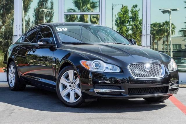 Photo Used 2009 Jaguar XF Luxury