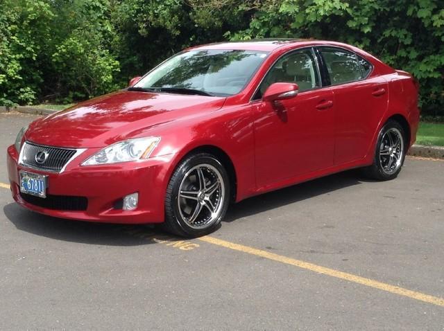 Photo Used 2009 Lexus IS 250