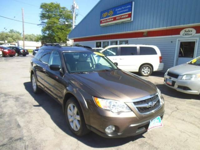 Photo Used 2009 Subaru Outback 2.5i Special Edition