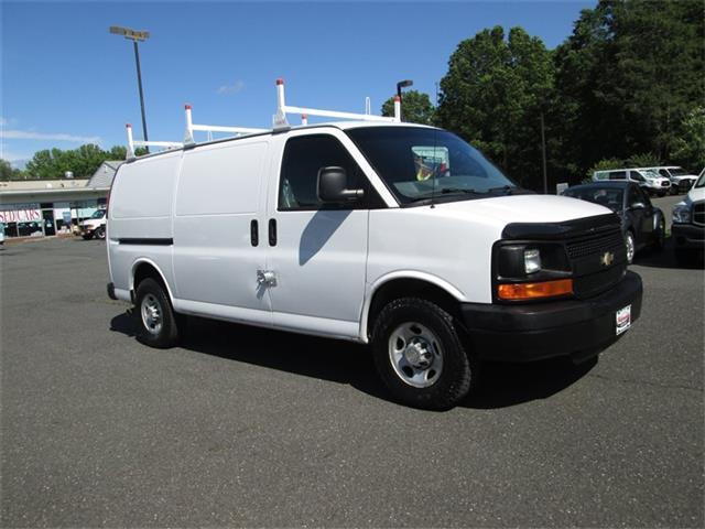 Photo Used 2009 Chevrolet Express 2500 Cargo