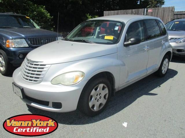 Photo Used 2008 Chrysler PT Cruiser LX