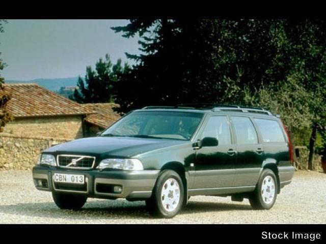 Photo 2000 Volvo V70 XC AWD A SE 5dr Wgn AWD XC Tur