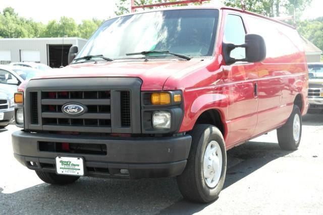 Photo Used 2008 Ford E250 Cargo