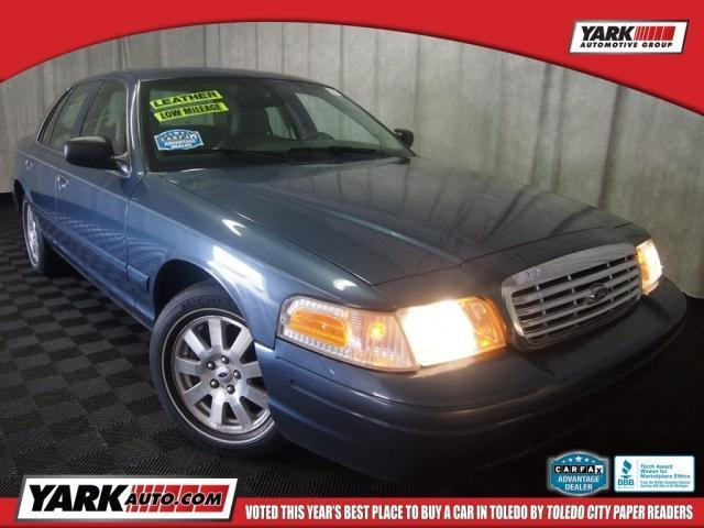 Photo Used 2007 Ford Crown Victoria LX