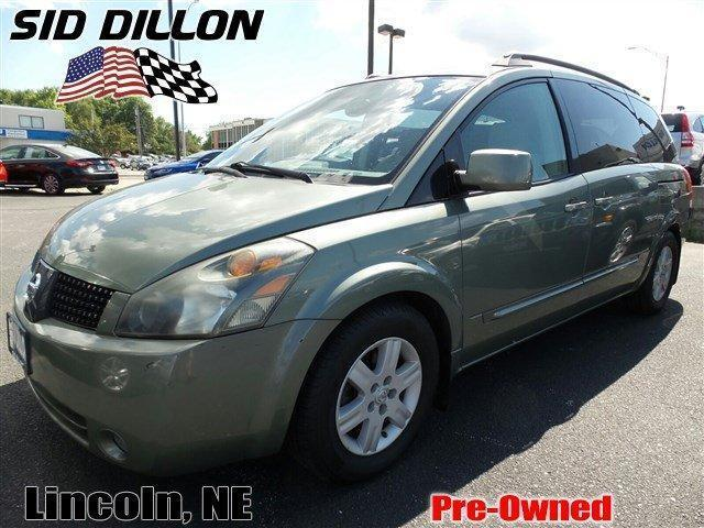Photo Used 2005 Nissan Quest 3.5 SL