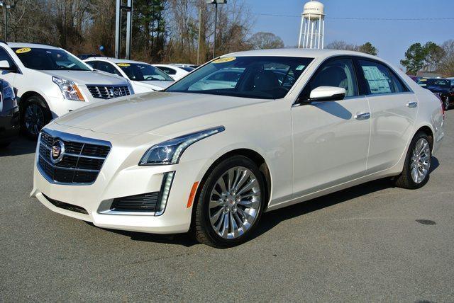 Photo Used 2014 Cadillac CTS 2.0L Turbo Luxury