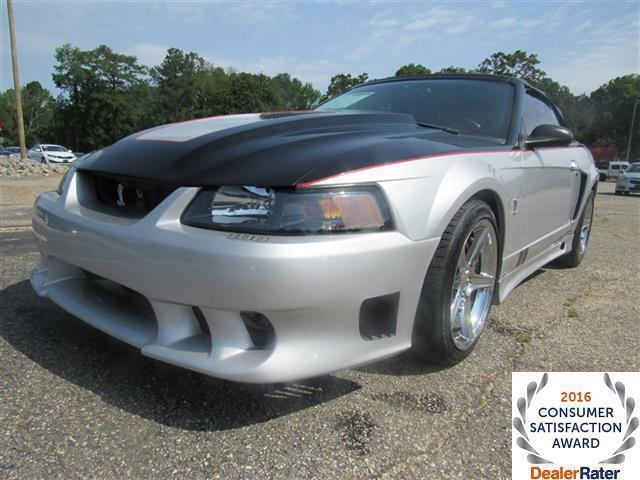 Photo Used 2001 Ford Mustang SVT Cobra