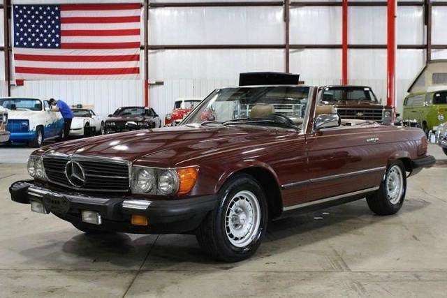 Photo Used 1984 Mercedes-Benz 380SL