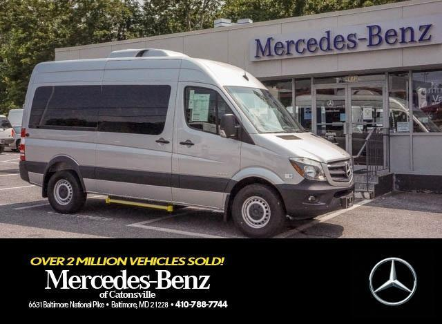Photo Used 2015 Mercedes-Benz Sprinter 2500 144 WB