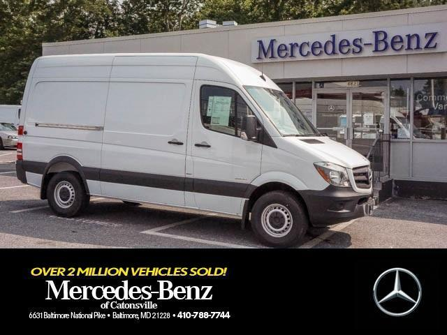 Photo Used 2015 Mercedes-Benz Sprinter 2500