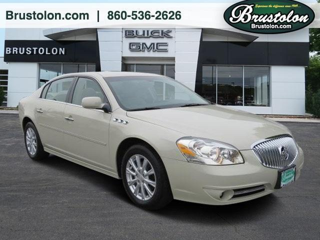 Photo Used 2011 Buick Lucerne CXL