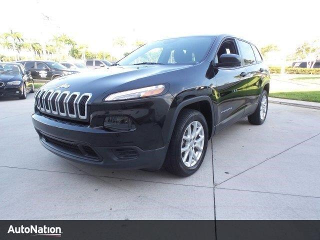 Photo Used 2014 Jeep Cherokee Sport
