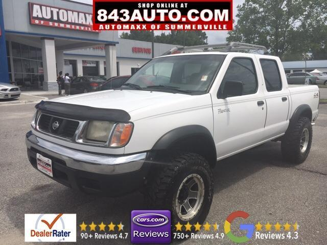 Photo Used 2000 Nissan Frontier XE Crew Cab
