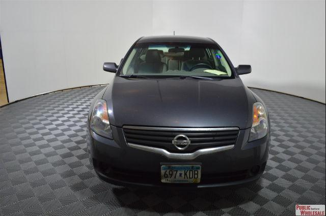 Photo Used 2007 Nissan Altima Hybrid