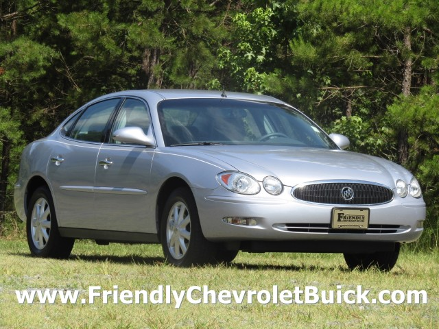 Photo Used 2005 Buick LaCrosse CX