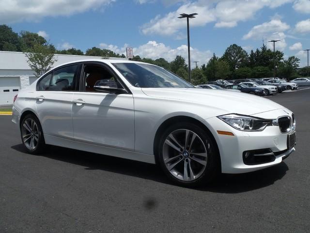 Photo Used 2013 BMW 328 i xDrive