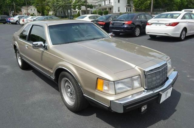 Photo Used 1988 Lincoln Mark VII LSC