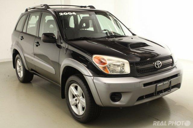 Photo Used 2004 Toyota RAV4