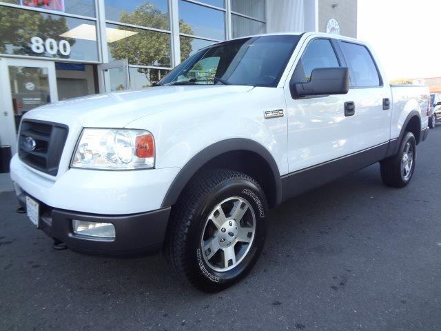 Photo Used 2004 Ford F150 XLT