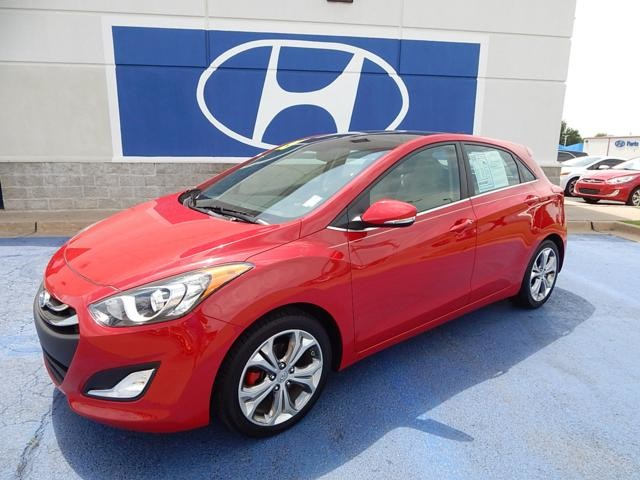 Photo 2013 Hyundai Elantra GT-LEATHER, SUNROOF, NAVIGATION, REALLY NICE CAR 5 DR HB GT